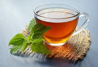 Green tea iis zero-calorie drink that is great for diabetics